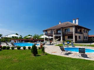 Luxury villa with pool and tennis court - Veliko Tarnovo vacation rentals