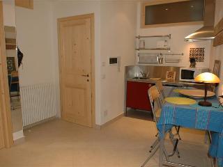 Holiday rental Porlezza - Ground floor (sleeps 2) - Porlezza vacation rentals