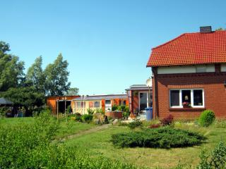 Sunny holiday flat Ostseebad Dierhagen Baltic Sea - Nienhagen vacation rentals