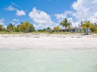 Freeport Stunning Luxury Cottage on Beach - Grand Bahama vacation rentals