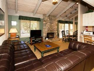 Sunshine Village 2 Bedroom Condo with Lots of Space ~ RA571 - Mammoth Lakes vacation rentals