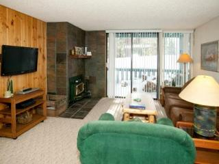 Crestview Affordable Downstairs Condo ~ RA490 - Mammoth Lakes vacation rentals