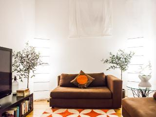 Cosy Apartment with a Patio - Lisbon vacation rentals