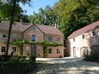 B&B Là Ô sur la Colline - Chambre Noisette - 4 Epis - Brabant Wallon vacation rentals