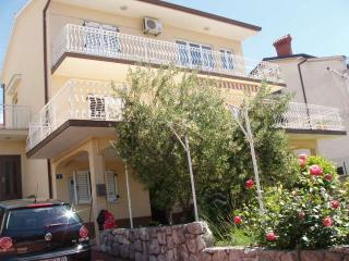 Apartment Rossa - Best location & price in Rijeka! - Rijeka vacation rentals