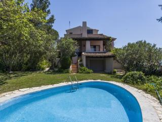 Fantastic Villa in Sesimbra. Stunning Views. - Troia vacation rentals