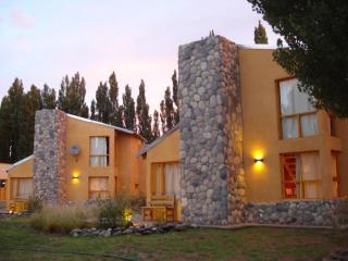 CABAÑAS MONTE COIRON - MALARGUE - MENDOZA - ARG - Cuyo vacation rentals