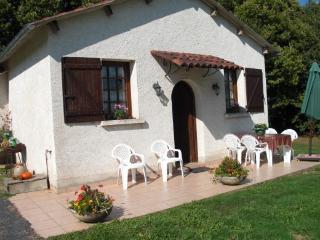 Gite 3 Epis 5 Pers en Correze - Saint-Pardoux-l'Ortigier vacation rentals