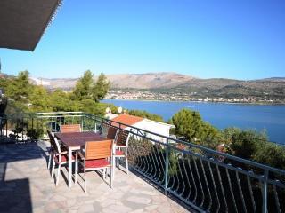Apartments Kulić - 42391-A2 - Island Ciovo vacation rentals