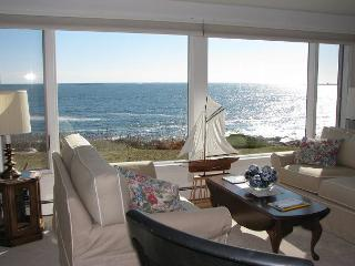 Popples Cove House: Direct waterfornt and only 1 mile to the beach with A/C - North Shore Massachusetts - Cape Ann vacation rentals
