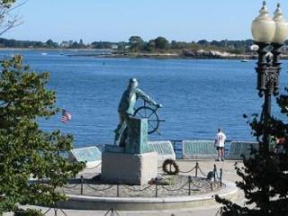 Harbor Watch: 3 br gem right on Stacey Boulevard - Salem vacation rentals