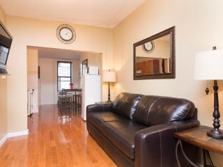 Sleeps 4! 1 Bed/1 Bath Apartment, Times Square, Awesome! (8416) - New York City vacation rentals