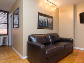Sleeps 7! 3 Bed/1 Bath Apartment, Murray Hill / Gramercy, Awesome! (8475) - New York City vacation rentals