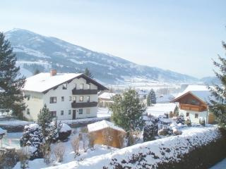 Sunny apt., amazing view, big balcony, Ski Amadé - Aich vacation rentals