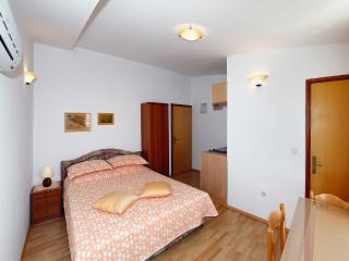 Beautiful apartment EMMA 5 ( 2+0  ) - Orebic vacation rentals