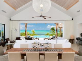 Castaway --Beachfront Thompson Cove Providenciales - Providenciales vacation rentals