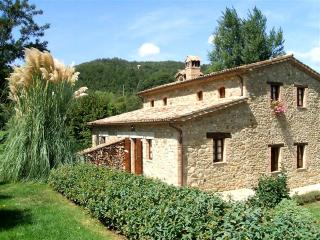Self Catering Cottage with pool and garden - Umbertide vacation rentals