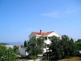 Villa Katelanovo - right apartment (R1) - Luka vacation rentals