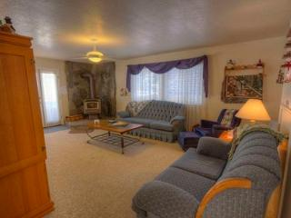 Classic Cape Cod Designed Home with Hot Tub ~ RA748 - South Lake Tahoe vacation rentals
