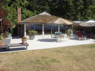 4 Bedroom Sandy Beachfront home on Mutiny Bay in Freeland - Whidbey Island vacation rentals