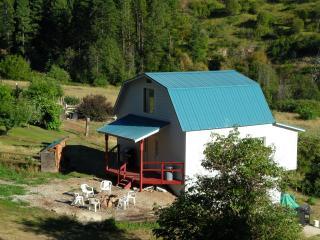 Quiet Country Cabin in Leavenworth, WA (sleeps 9) - Leavenworth vacation rentals