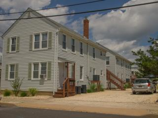 Seaside Park 2 bedroom apartment - Seaside Park vacation rentals