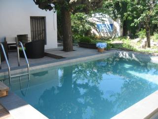 Belle villa avec piscine coeur de ville monpellier - Sete vacation rentals