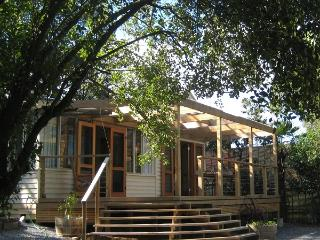 Nagoondie Studio - Warburton vacation rentals