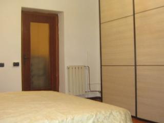 Delightful 1 Bedroom Apartment Rental in Carrara - Marina di Carrara vacation rentals
