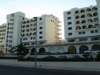 VILLAS MARLIN /BEACH PROPERTY HOTEL ZONE CANCUN - Cancun vacation rentals