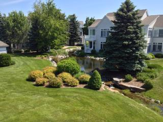 Beautifully Decorated Two Story Condo Close to Pool and Beach - Manistee vacation rentals
