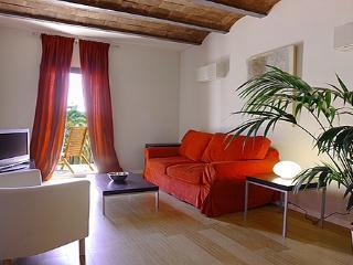 Ramblas Caputxins 6 - Barcelona vacation rentals