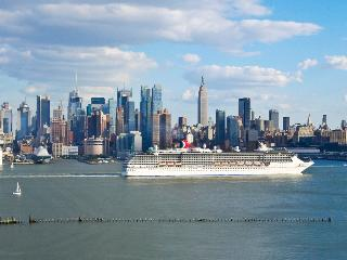 NEW YORK CITY'S BESTMETRO AREA-- 5 MINUTES TO MIDTOWN - Weehawken vacation rentals