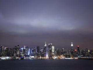 NEW YORK CITY,  ONE MILE &  MINUTES AWAY - Greater New York Area vacation rentals