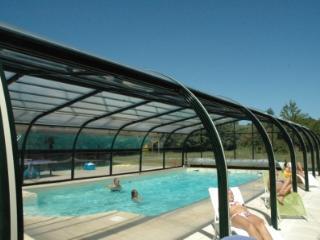 Location de vacances piscine couverte et chauffée - Brelidy vacation rentals