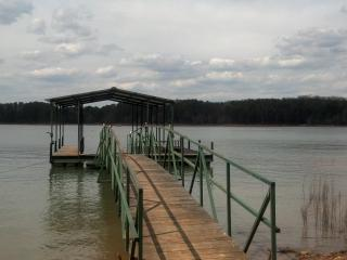 Beautiful 3BR, 2.5BA on Lake Hartwell - Toccoa vacation rentals
