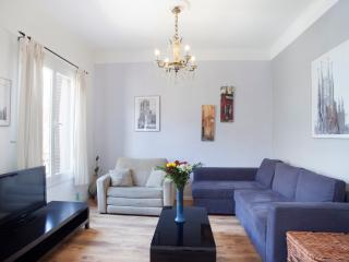 Double apartment near Sagrada Familia (sleeps 12) - Barcelona vacation rentals