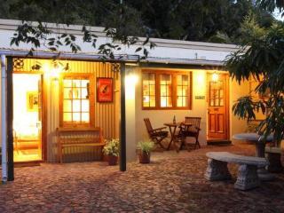 Strelitzia Cottage - George vacation rentals