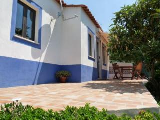 Holiday home in the countryside and near the beach - Armação de Pêra vacation rentals