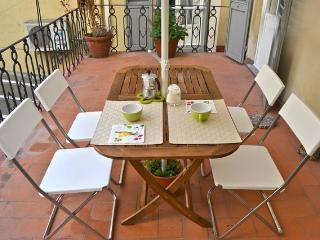 Vacation Rental at Casa Genovesi in Florence, Tuscany - Florence vacation rentals