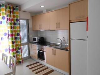 Apartamento perto da praia T2 muito confortavel - Quarteira vacation rentals
