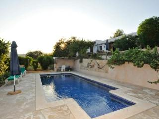 Es Cubells 607 - Province of Lleida vacation rentals