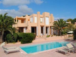 Calo d en Real 613 - Santa Agnes de Corona vacation rentals
