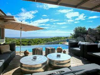 Close to Beach & Golf Course! Exclusive Villa des Iles with Private Chef, Pool, Helipad & Sea Views - Corsica vacation rentals