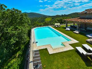 1633 - Piazzano vacation rentals