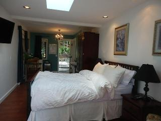 Armand Heights   Pine room - Salt Spring Island vacation rentals