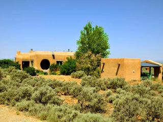 Adobe de Artista 2 Bedroom - New Mexico vacation rentals