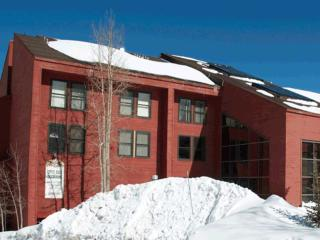 Ski In/Out Condo - 1 bedroom luxury on the slopes! - Brian Head vacation rentals