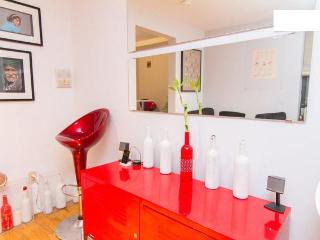 STYLISH LOWER EAST SIDE 2 BEDROOM APARTMENT - New York City vacation rentals