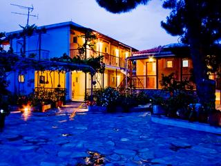 Villa Kavourakia-Apartment - Kolios vacation rentals